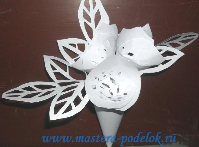 """Букет цветов из бумаги в технике """"киригами"""" для мамы своими руками"""