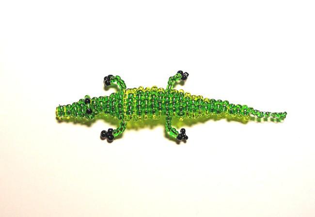 Плетение крокодила из бисера
