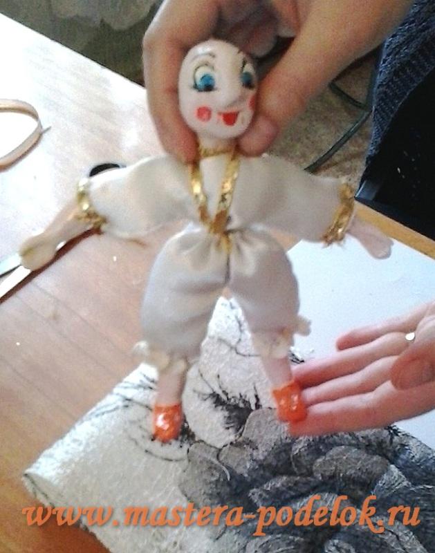 Как сделать куклу своими руками?